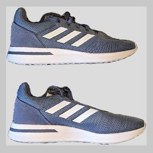 Adidas Run 70's in blue